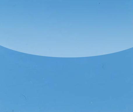 Himmelblaue Spanndecken und Lackspanndecken